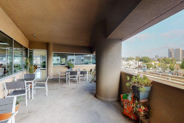 533 Glendale Blvd_Balcony